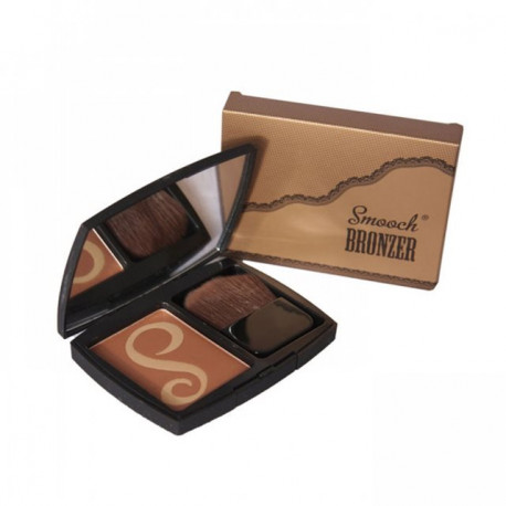W7 Smooch Bronzer: Smooched